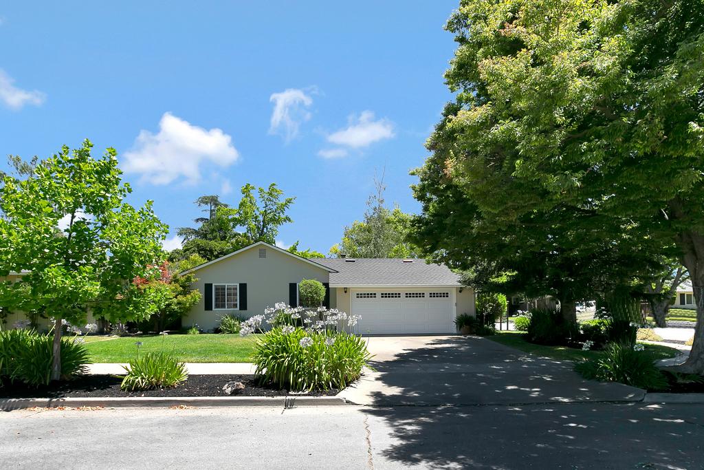 2045 Rosswood Drive, San Jose